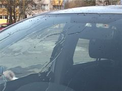 Rolling out water from protected car glass