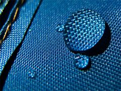 Hydrophobic water spray for water repelling textile and leather